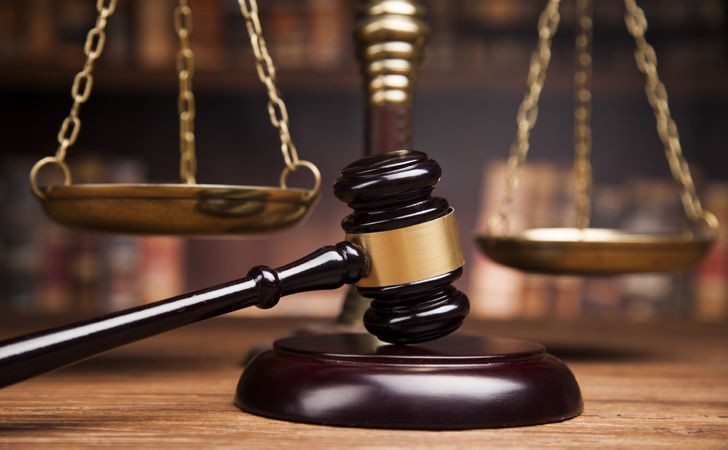 Court image representing balancing scale